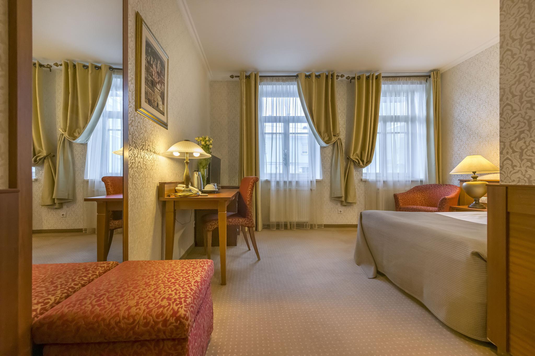 Artis Hotel Standard Double Room
